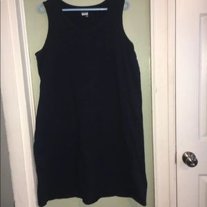 Basic Editions Sleeveless Dress